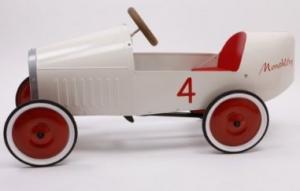 voitures p dales pour les enfants jeux et jouets d 39 enfant. Black Bedroom Furniture Sets. Home Design Ideas